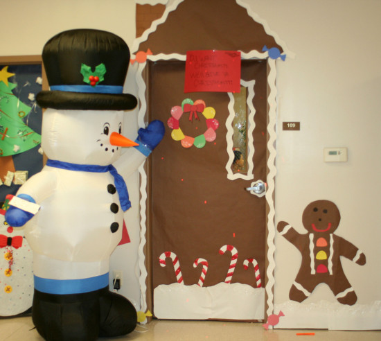 Door Decorations Christmas Contest: Student Council Sponsors Christmas Festivities